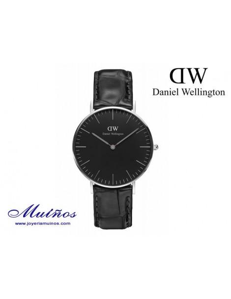 Reloj Classic Black