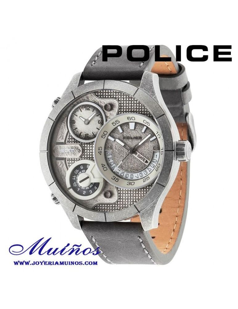 Relojes Police con tres horarios diferentes