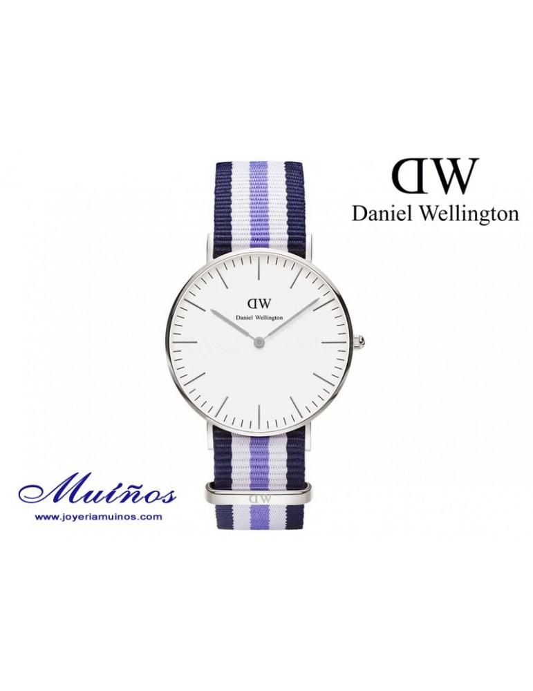 Reloj plateado Classic Trinity Daniel Wellington 36mm